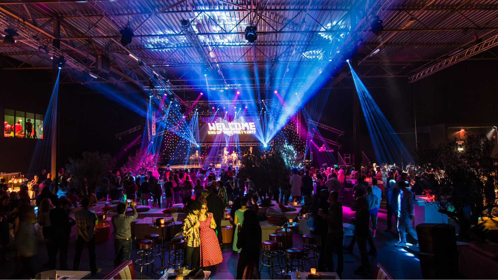 Bedrijfsfeest organiseren, themafeest, Back to the Futureparty