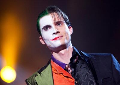 Illusionist Andrew Melia verkleed als The Joker