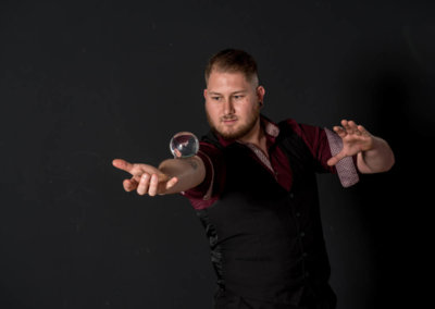 Goochelaar huren - Tim Horsting - Glazen bol