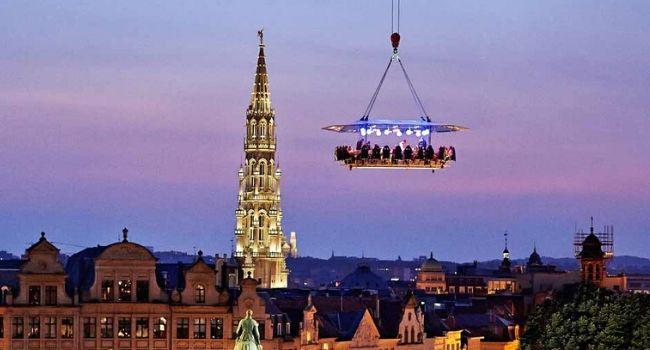 Bedrijfsuitje Amsterdam, Utrecht, Den Haag, Rotterdam - Dinner in the sky, zwevend eten boven de stad