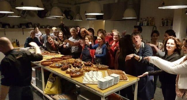 Bedrijfsuitje in Utrecht - Kookworkshop als teambuilding