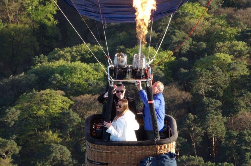 Bedrijfsuitje in Utrecht - Ballonvaart, huwelijksaanzoek in luchtballon