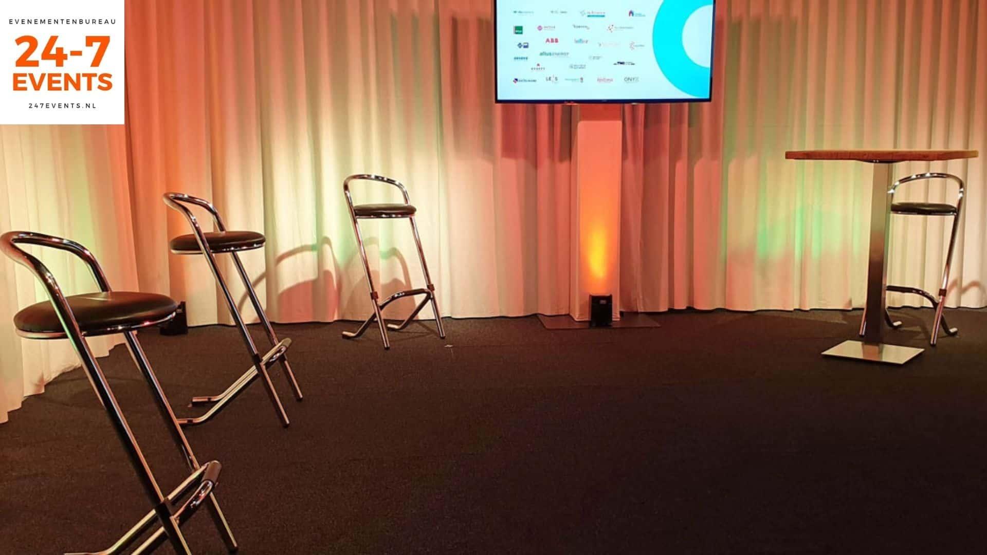 Livestream studio in Utrecht met een panel opstelling