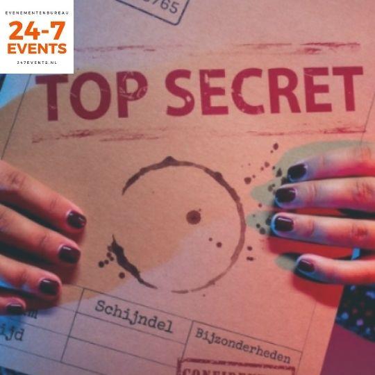 ontvang je geheime aanwijzingen voor het online moordspel thuis in een enveloppe